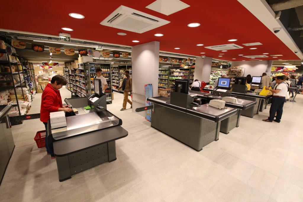 20170802-reouverture-du-supermarche-tang-freres-avenue-de-choisy - 430A4483.jpg